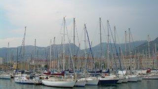 トゥーロンの港